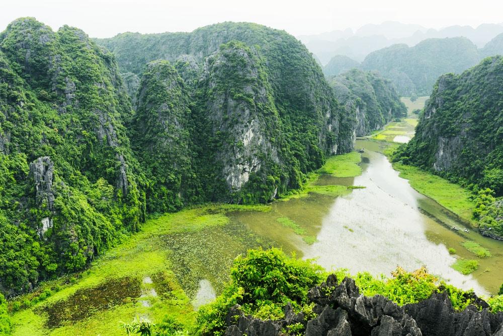 toàn cảnh Ninh Bình từ Hang Múa